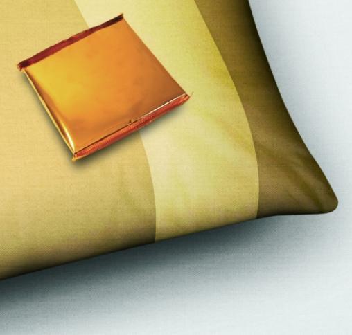 σοκολατάκι στο μαξιλάρι