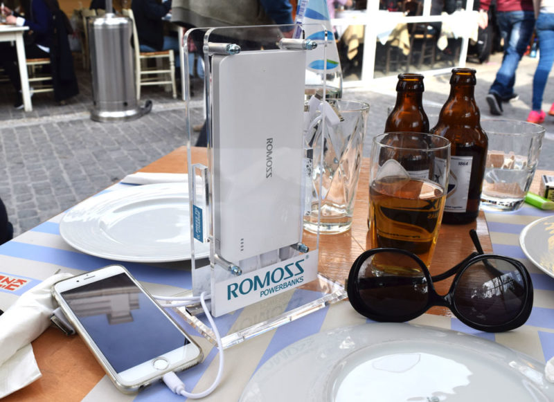 cafe-resto-powerbank-by-romoss-2