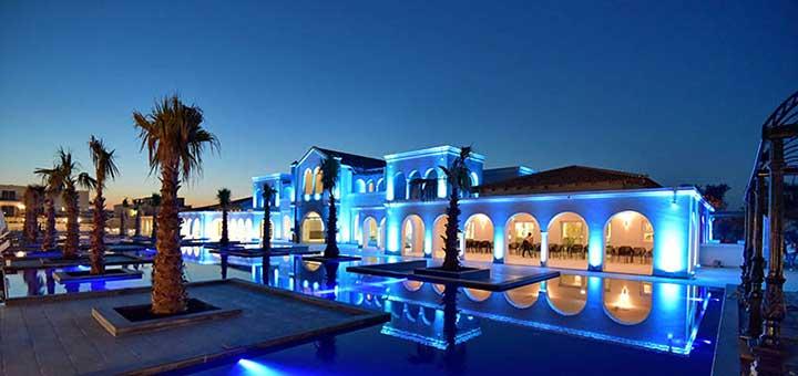 """Ξεχωριστή διάκριση για το Anemos Luxury Grand Resort που τιμήθηκε με το βραβείο """"SEVEN STARS LUXURY HOSPITALITY AND LIFESTYLE AWARD"""""""