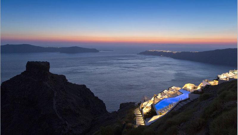 To Grace Santorini κερδίζει το βραβείο  MR&H Top Mediterranean Resort 2018