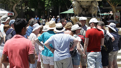 Οι παράγοντες διαμόρφωσης των χαρακτηριστικών των τουριστών