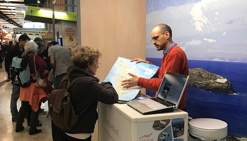 """Η Σίφνος είναι ο 1ος Ελληνικός προορισμός που παρουσιάστηκε στη διεθνή έκθεση για πεζοπορικό τουρισμό """"Salon du Randonneur"""", στη Λυών της Γαλλίας!"""