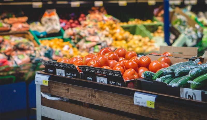 Επιτυχημένος σεφ της Νέας Υόρκης δίνει συμβουλές για οικονομικότερες αγορές τροφίμων
