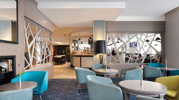 Το εστιατόριο του Hilton Garden Inn ζητά από τους ταξιδιώτες να ψηφίσουν τις νέες προσθήκες στο μενού του