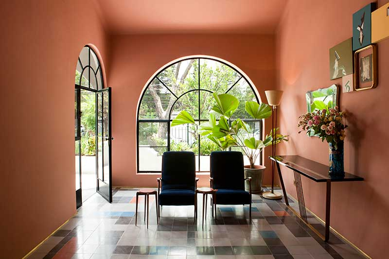Η Casa Fayette υποδέχεται τους επισκέπτες με μία άκρως νοσταλγική αισθητική