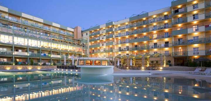 """Η Εθνική Τράπεζα πουλά το ξενοδοχείο """"Grand Hotel"""""""