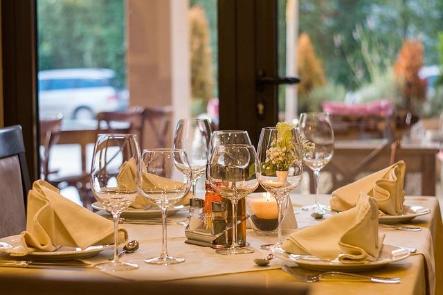 Πώς να ανοίξεις ένα εστιατόριο με μικρό budget
