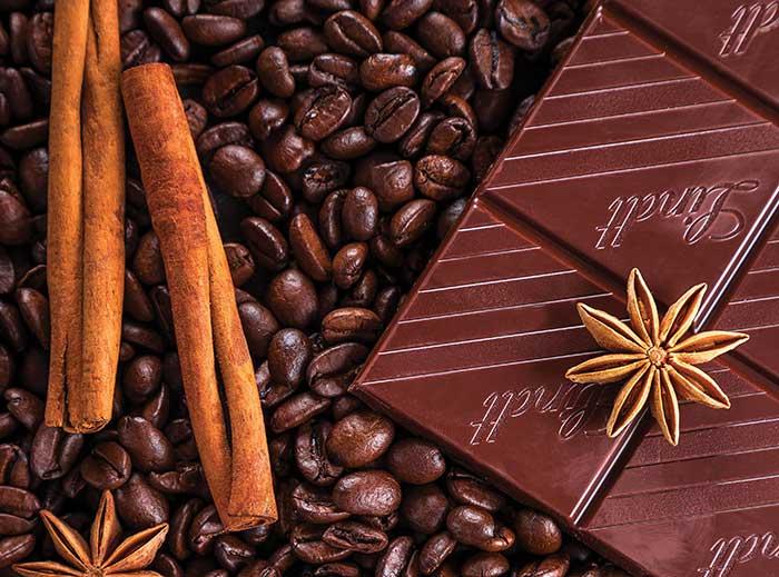 ΚΑΝΕΛΑ ή ΣΟΚΟΛΑΤΑ: Τα φυσικά αρωματικά στον Καφέ