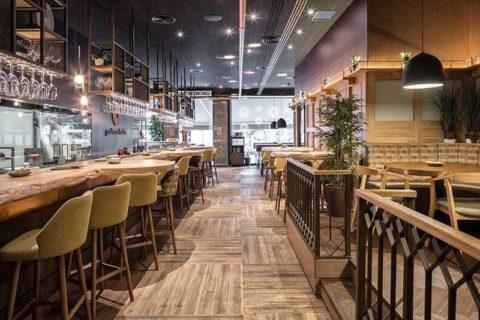 Palo Cortado: Ένα casual εστιατόριο με αναφορές στην art deco & το βιομηχανικό design