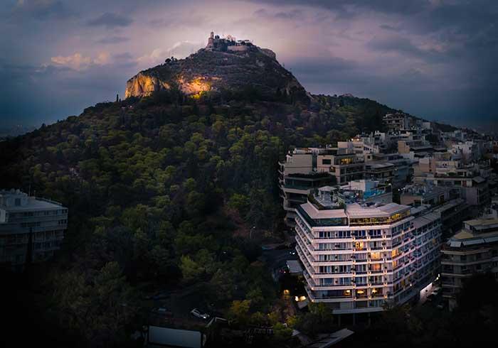 Η διαμονή στο πρόσφατα ανακαινισμένο ξενοδοχείο St. George Lycabettus στην Αθήνα θα ενισχύσει την ευεξία σας!