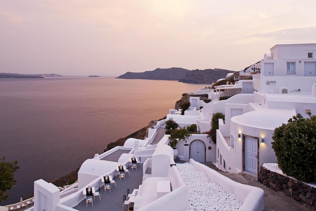 Το Canaves Oia Resort κατατάσσεται ως το καλύτερο ξενοδοχείο στην Ευρώπη στα Travel + Leisure's World's Best Awards