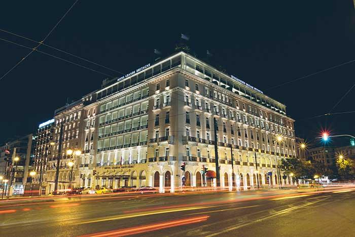 Το ιστορικό ξενοδοχείο Μεγάλη Βρεταννία ανοίγει και πάλι τις πόρτες του στις 15 Ιουλίου