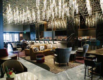 Grand Hyatt Nashville: Το νέο πολυτελές ξενοδοχείο του Νάσβιλ αποτίει φόρο τιμής στην πλούσια ιστορία της Music City