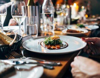 Ανακαλύψτε τις τάσεις φαγητού 2020 για το εστιατόριό σας