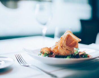 Ποιες είναι οι διαφορές μεταξύ του Fine Dining και του Casual Dining;