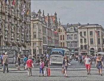 Safe & Solo Travelling: Ταξιδιωτικές τάσεις που θα κυριαρχήσουν το 2021
